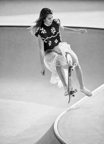 freewheeling-by-daniel-riera-for-the-gentlewoman-3