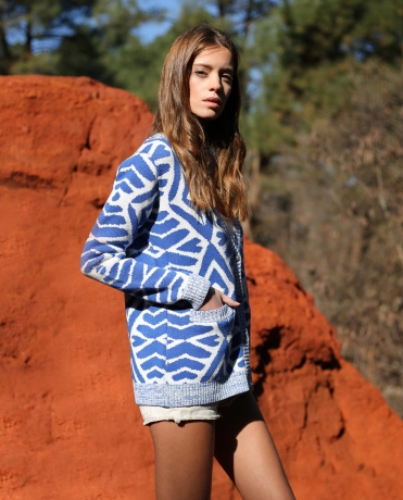 Haspen-Daly-bleu-pull-collection2016-profil